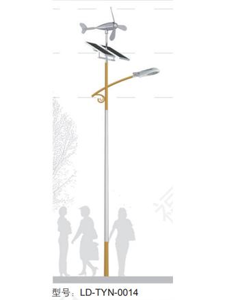 江蘇風光互補太陽能路燈價格