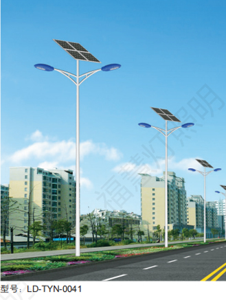 江蘇太陽能雙臂路燈